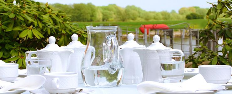 Restaurant Die Wohnküche Bleckede ~ Herzlich willkommen im Elbhotel Bleckede, Hotel & Cafe mit Elbblick